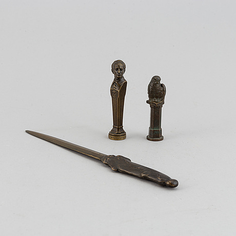 Seal stamp and a letter knife. bronze 27 cm, 9.5 cm and 8.5 cm.