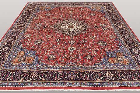 A carpet, mahal, ca 368 x 268 cm.