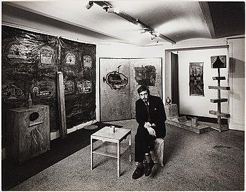 Gunnar Smoliansky, photograph signed on verso.