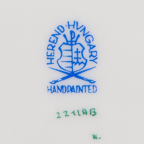 Herend, ruoka-astiasto,  81 osaa, posliinia, unkari 1980-luku.
