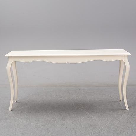 A modern rococo style table.