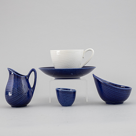 Hertha bengtson, a 'blå eld' stoneware coffee and tea service, rörstrand (21 pieces).