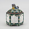 A japanese censer with cover, circa 1900.