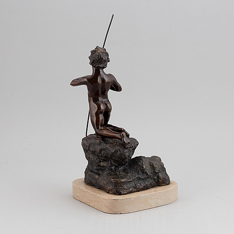 Unknown artist 20th century. sculpture. bronze. signed with initials v.g. geight 25.5 cm (incl base 39 cm).