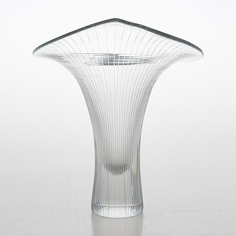 Tapio wirkkala, a 'kantarelli' glass vase, signed tapio wirkkala iittala.