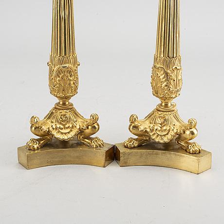 Ljusstakar, ett par, senempire, förgylld brons, 1800-talets mitt.