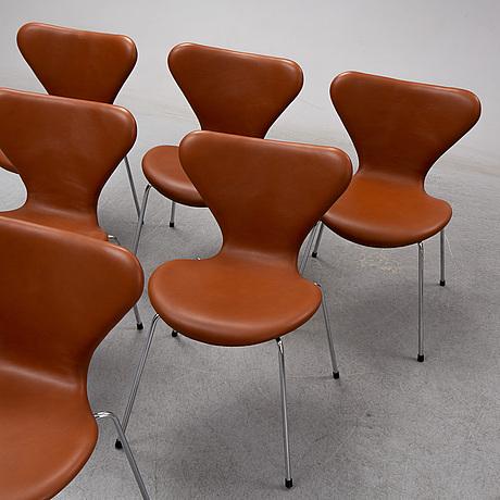 Arne jacobsen, six 'series 7' chairs, fritz hansen, denmark.