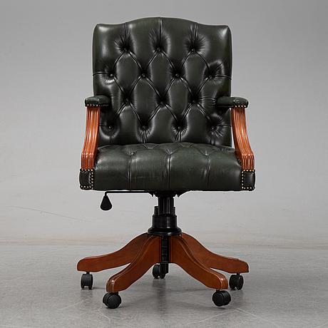 An english desk swivel chair, late 20th century.