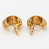 """Piagat, a pair of 18k gold earrings """"possession"""" with diamonds ca. 0.28 ct yht. marked paget, d75153."""