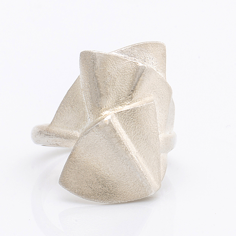 """Lapponia, ring """"claudem"""" and necklace """"kaislat"""", silver and rubber, design zoltan popovits and pekka hirvonen."""