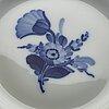 """Royal copenhagen, matservisdelar, 42 delar, porslin, """"blå blomst"""", danmark."""