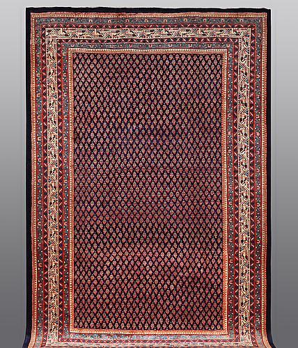 A carpet, sarouk-mir, ca 343 x 225 cm.