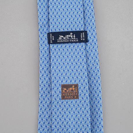 Hermès, 3 silk ties.
