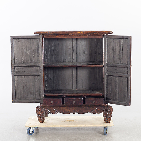 A 19th century chinese cupboard.