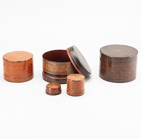 Askar med lock, 2 st, sri lanka samt troligen burma, 1800-tal.