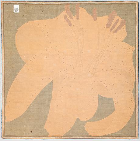 A tufted wool carpet. circa 220 x 220 cm.