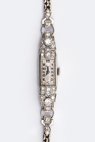 Armbandsur opera, 18k vitguld, gammalslipade diamanter ca 1 ct totalt, ca 15 x 8 mm, manuell.
