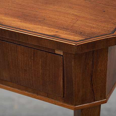 An early 19th century sewing table.
