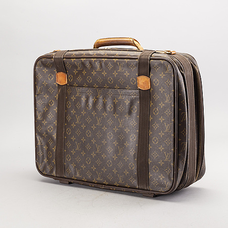 Louis vuitton reväska.