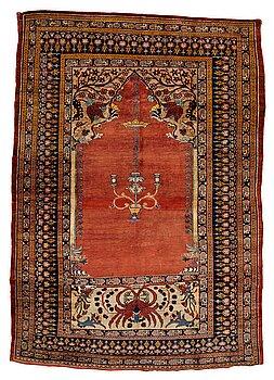 239. Matta, antik silke Heris, ca 166,5-170 cm x 116-120 cm.