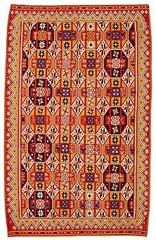229. Täcke, rölakan, ca 180,5-182 x 108-113,5 cm, Skåne 1834. Gärds/Villands härad.