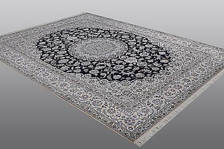 Matto, nain, part silk, 6 laa, ca 350 x 254 cm.