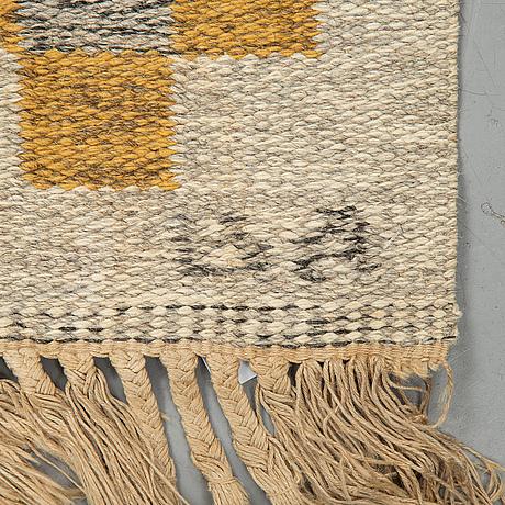A carpet, flat weave, ca 199-202,5 x 135,5-136 cm, signed ba?.