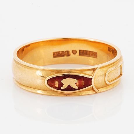 Ring, odd fellow.