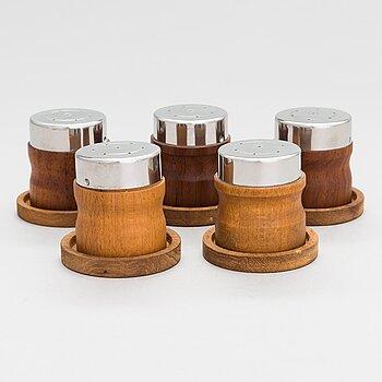 Bertel Gardberg, Five spice spreader and five plates for  Finnmade Gardberg, Norrmark handicraft.