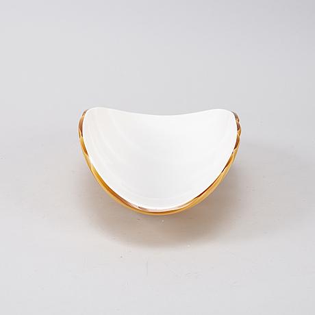 A glass bowl, vivarni, murano, italy, 2208.