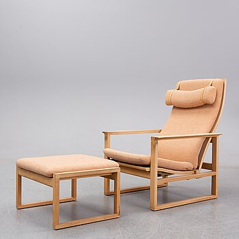 "Børge Mogensen, an oak easy chair and ottoman ""The sledge 2254 and 248"", Fredericia Stolefabrik, Denmark."