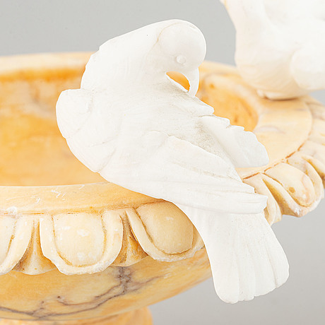 Two alabaster bowls, 20th century.
