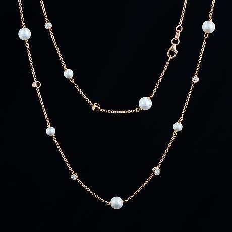 Longchain pearls and diamonds.