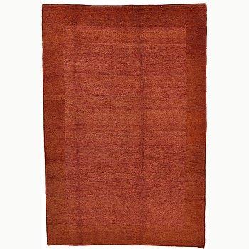 A carpet, oriental, ca 300 x 196 cm.