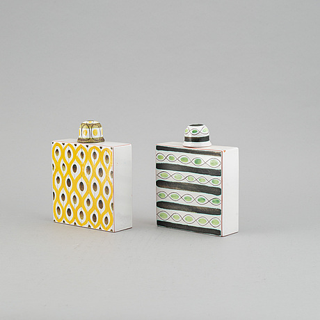 Stig lindberg, a pair of faience bottles from  gustavsbergs studio.
