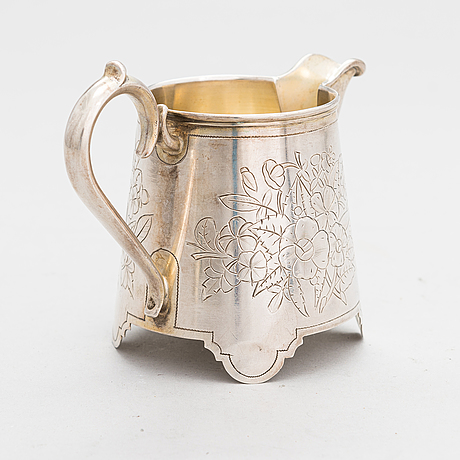 A russian silver cream jug, moscow, 1889. later estonian marks.
