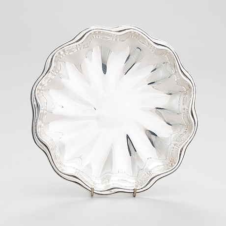 A spanish silver bowl, approx. mid-20th century.