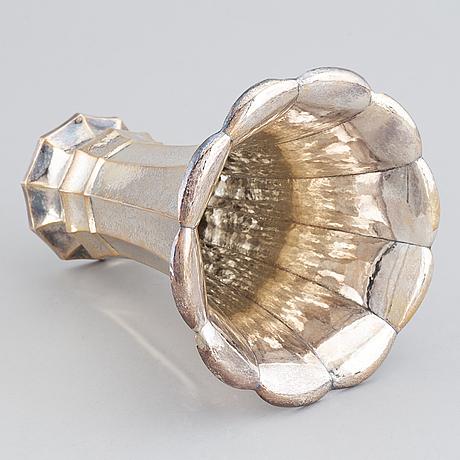 A silver vase, swedish import mark of juveleraraktiebolaget t petersson, norrköping.