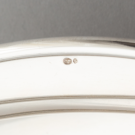 A sterling silver serving dish with lid, import marks for sweden.