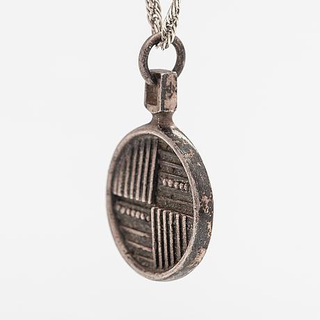 Jorma laine, a silver necklace. kultateollisuus, turku 1974.