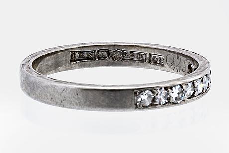 Eternity band 18k whitegold with 10 single-cut diamonds 0,25 ct inscribed, Örns juvelatelje gothenburg 1964.