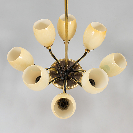 Paavo tynell, taklampa, modell 1382,  idman 1900-talets mitt.