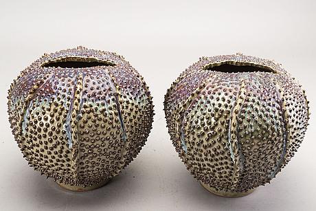 Vaser 3 st 2000-tal glaserad keramik.