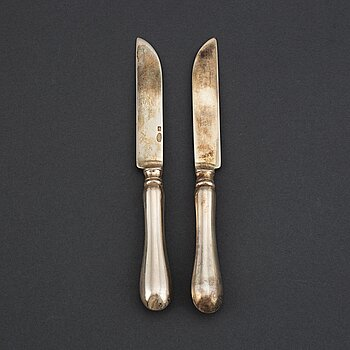 A set of 12 Russian silver chees/fruit knives, mark possibly of Adolf Speer, St. Petersburg 1898-1903.