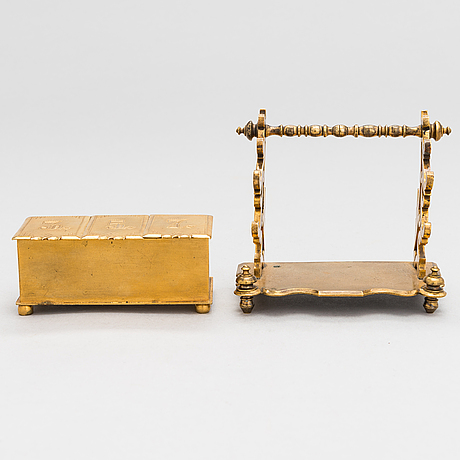 A stamp stand and a pen stand in brass, russia late 19th century.