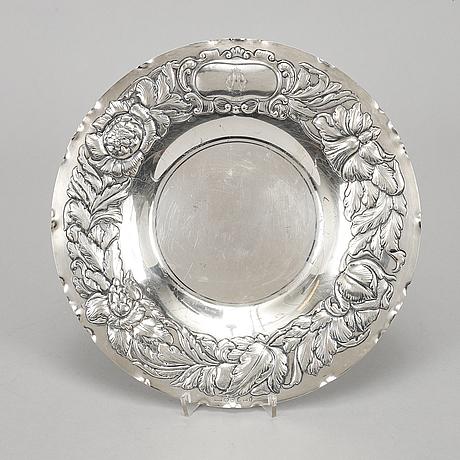 A silver dish, gab stockholm 1949.