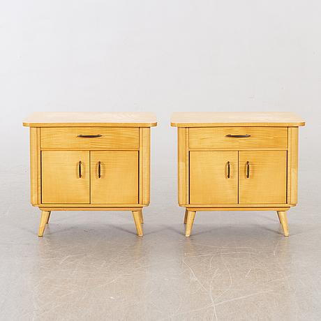 SÄngbord, ett par, 1900-talets mitt.