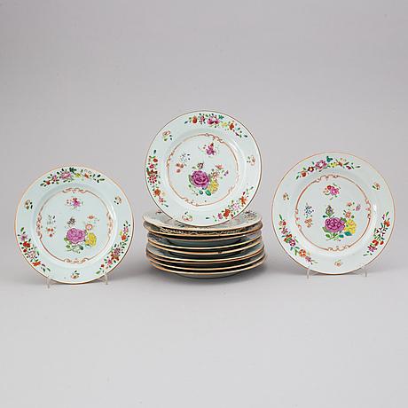 A set of 12 dessert dishes, qing dynasty, qianlong (1736-95).