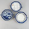 A set of three blue and white hot water plates, qing dynasty, circa 1800.