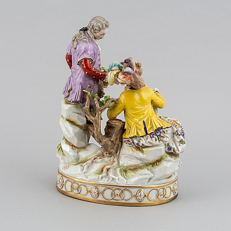 A porcelain figurine, naples style mark, first half of the 20th century.